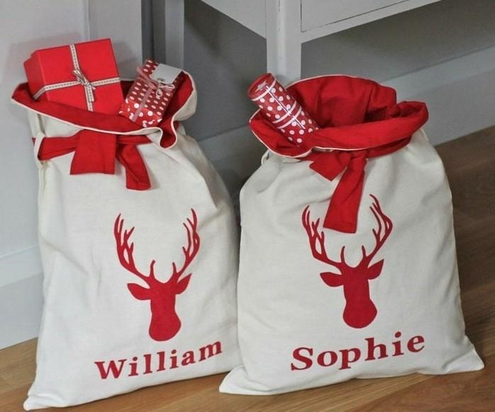 les-sacs-de-pere-noel-sacs-a-cadeau-decores-pour-noel-decoration-de-noel-magnifique
