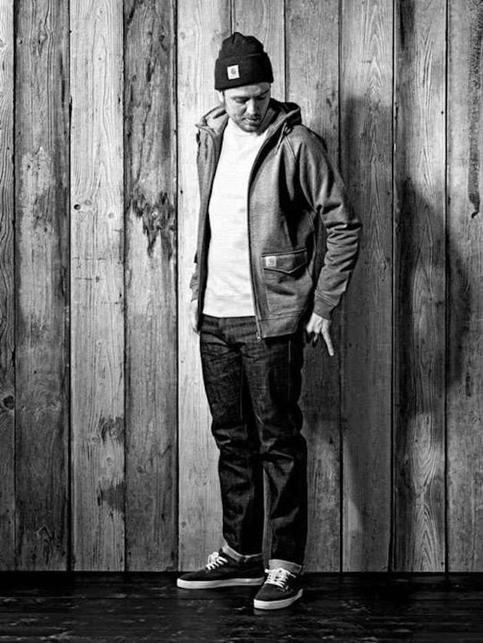 look-hipster-homme-skater-bonnet-noir-carhatt