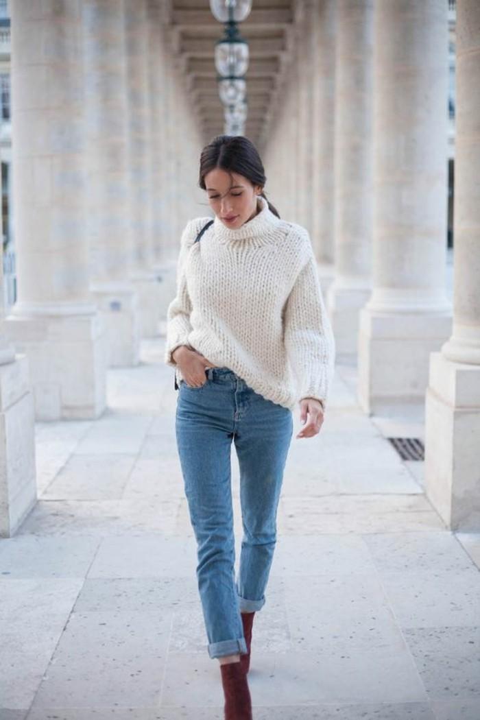 look-legerement-vintage-jean-et-pull-oversize-blanc