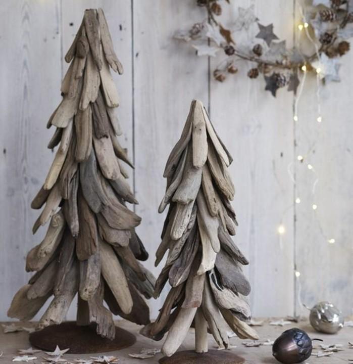 magnifique-idee-de-sapin-en-bois-flotte-a-faire-soi-meme-une-jolie-decoration-de-noel-pour-votre-maison