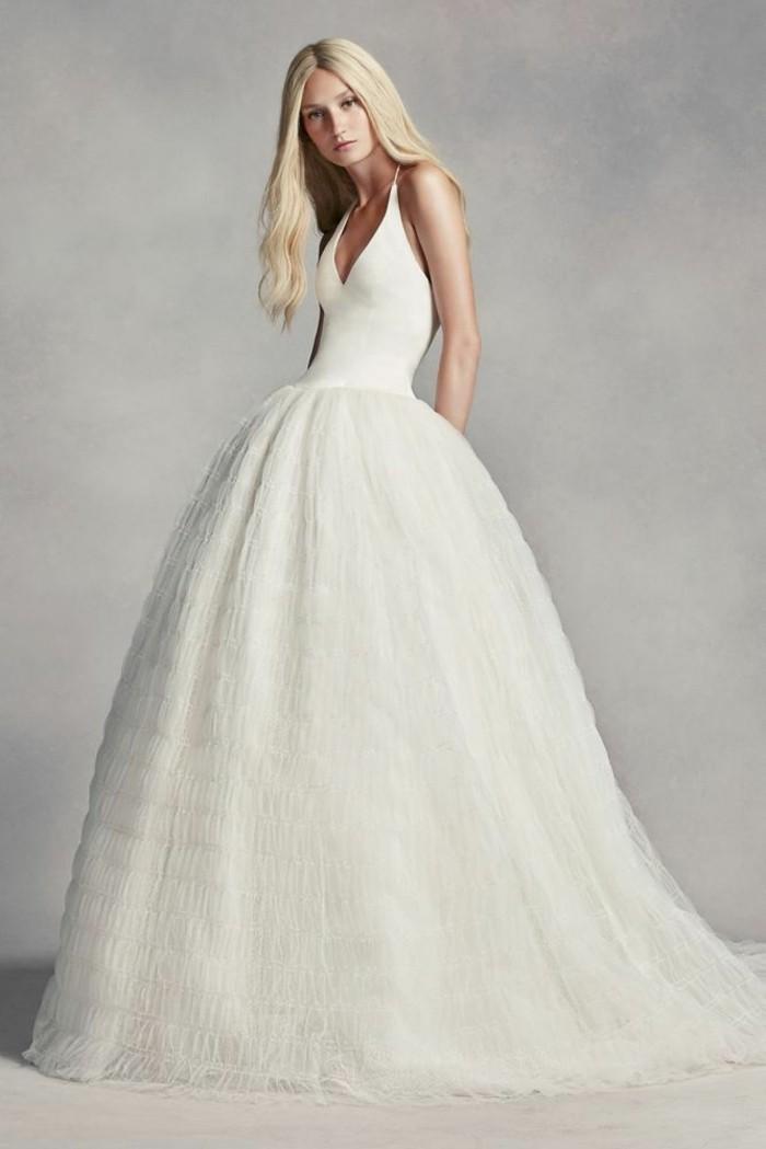 magnifique-robe-mariage-robes-de-mariee-simple-longue-droite