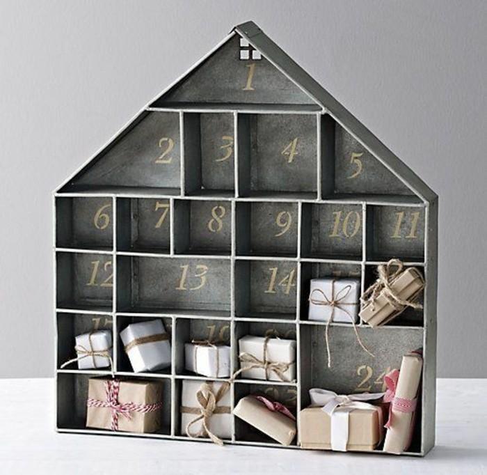 maquette-d-une-maison-avec-des-cases-contenant-de-petits-cadeaux-fabriquer-un-calendrier-de-l-avent-suggestion-interessante
