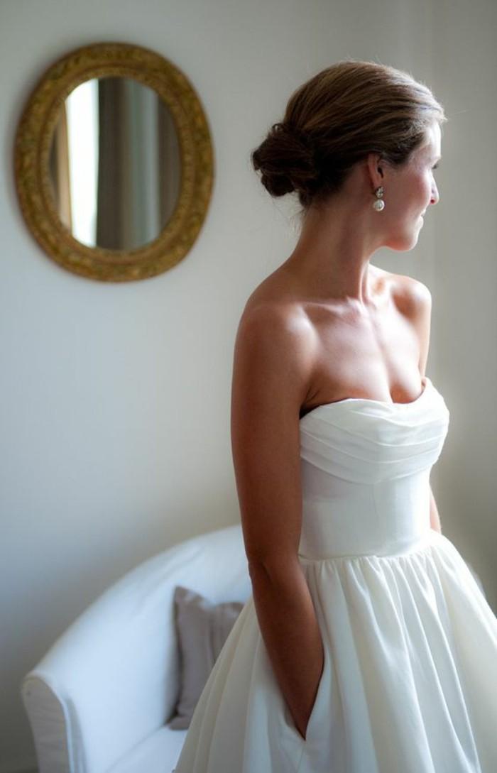 mariage-robes-de-mariee-simple-longue-droite-bustier-robe-princesse