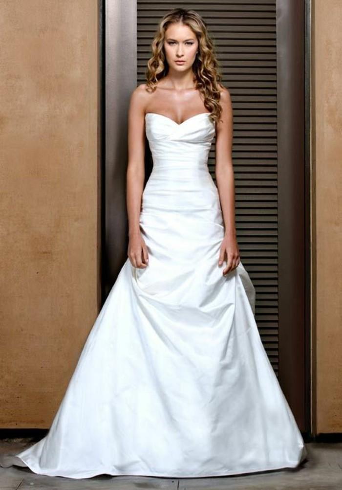 La Robe De Mariée Simple Et élégante 70 Photos Pour