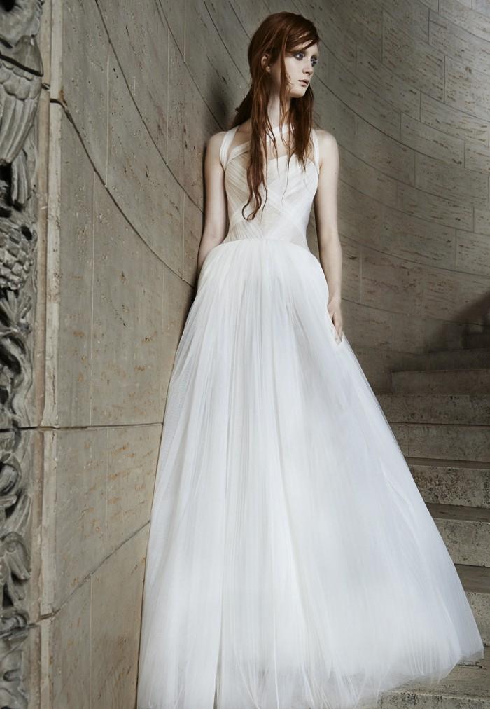mariage-robes-de-mariee-simple-longue-droite-magnifique-vera-wang