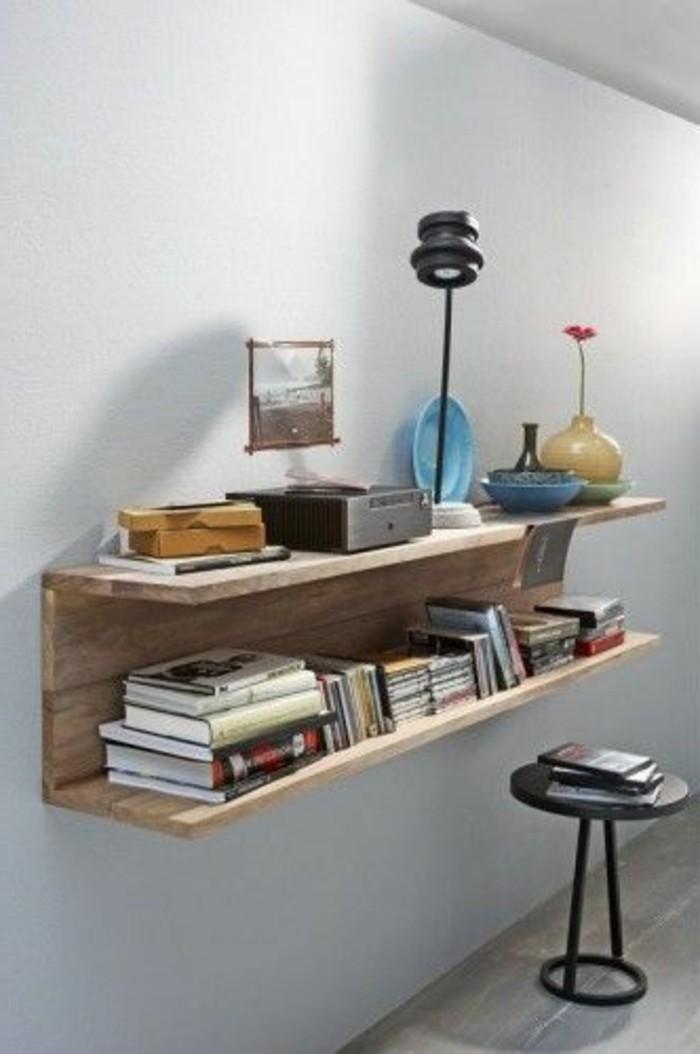 meuble-en-palette-de-bois-lampe-accessoires-decoratifs