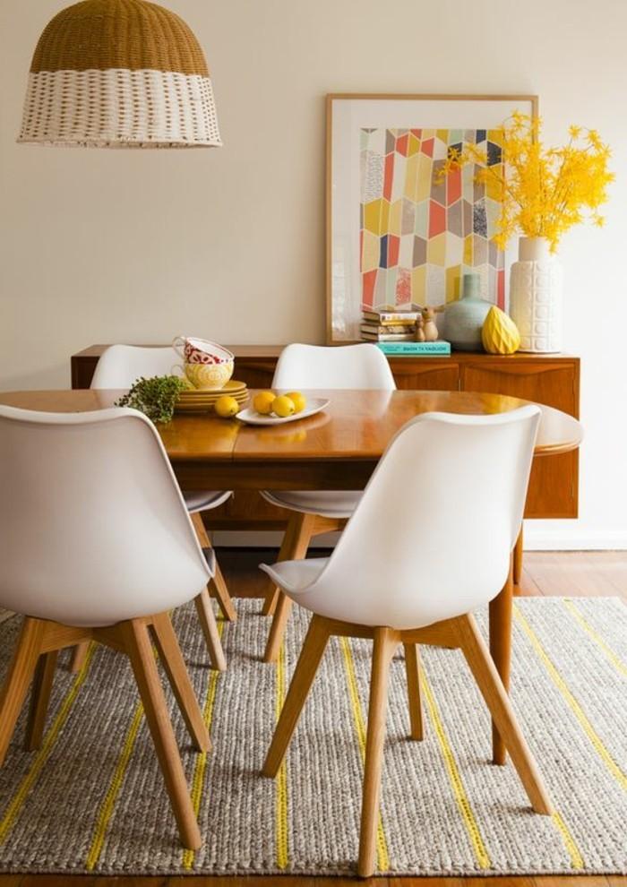 meubles-de-salle-a-manger-chaises-bois-et-blanc-table-de-repas