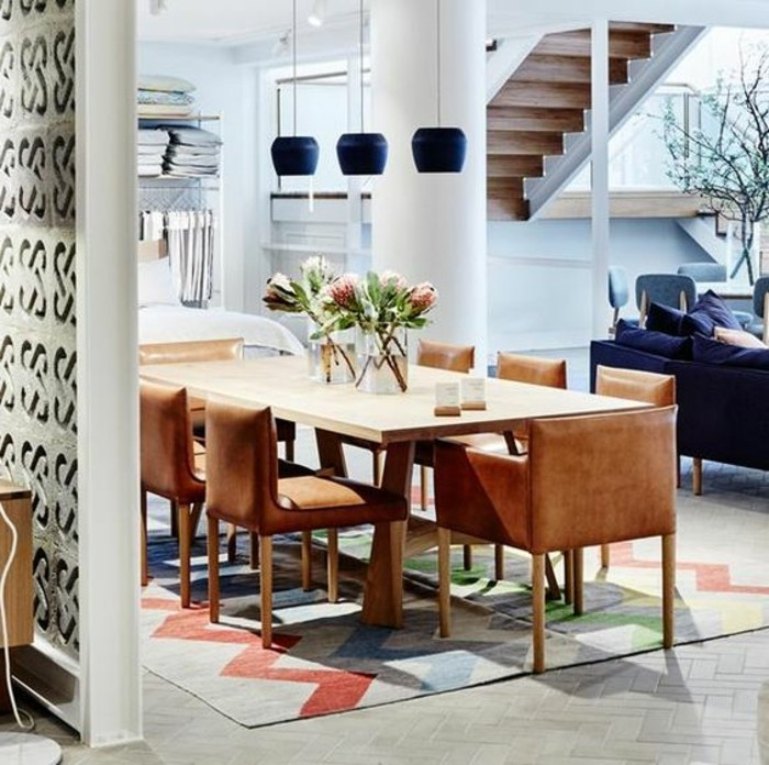 meubles-de-salle-a-manger-chaises-couleur-marron-maison-moderne
