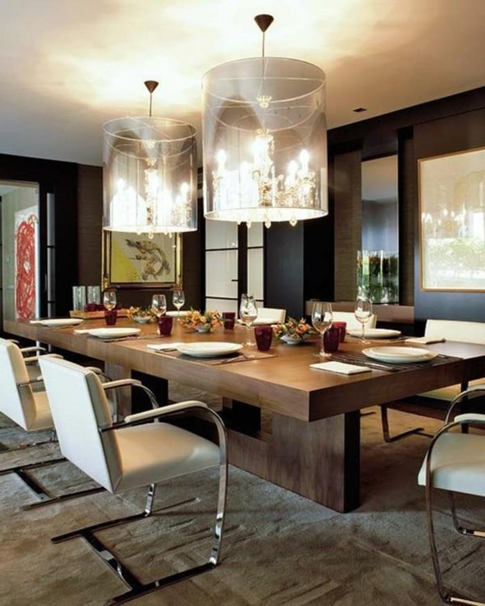 meubles-de-salle-a-manger-grande-table-en-bois-et-chaises-metal-et-tissu