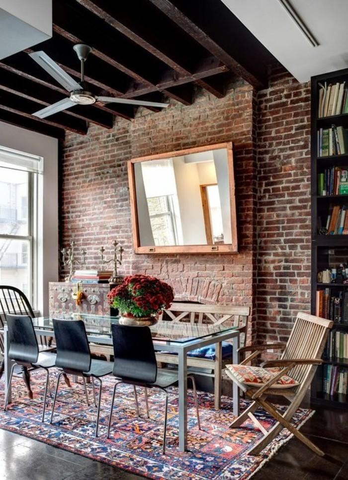 meubles-de-salle-a-manger-mur-en-briques-tapis