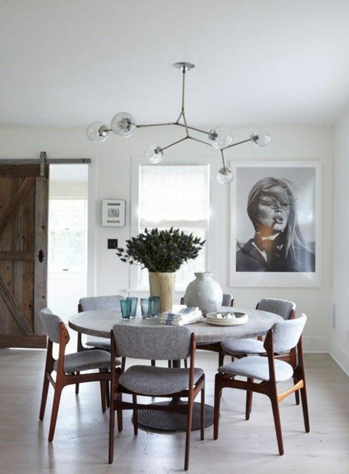 Chaise salle a manger grise meuble salle manger chaise for Table ronde et chaises salle a manger