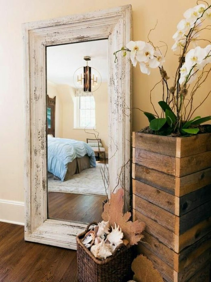 Beautiful decoration miroir chambre a coucher ideas for Chambre a coucher decoration