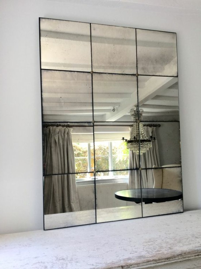 Grand miroir salon design maison design for Vieillir miroir