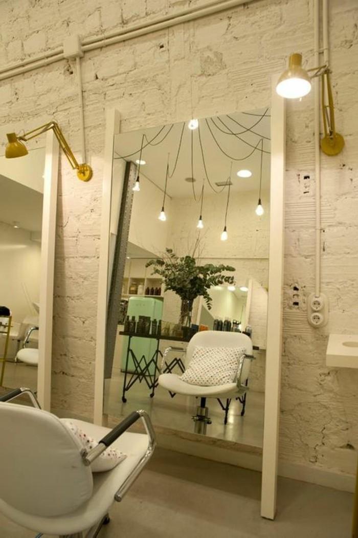 le miroir mural grande taille accessoire pratique et d coration originale. Black Bedroom Furniture Sets. Home Design Ideas