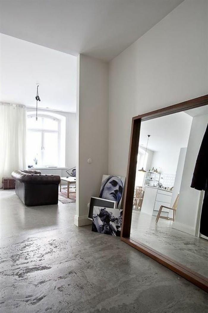 Le miroir mural grande taille accessoire pratique et for Grand miroir sol