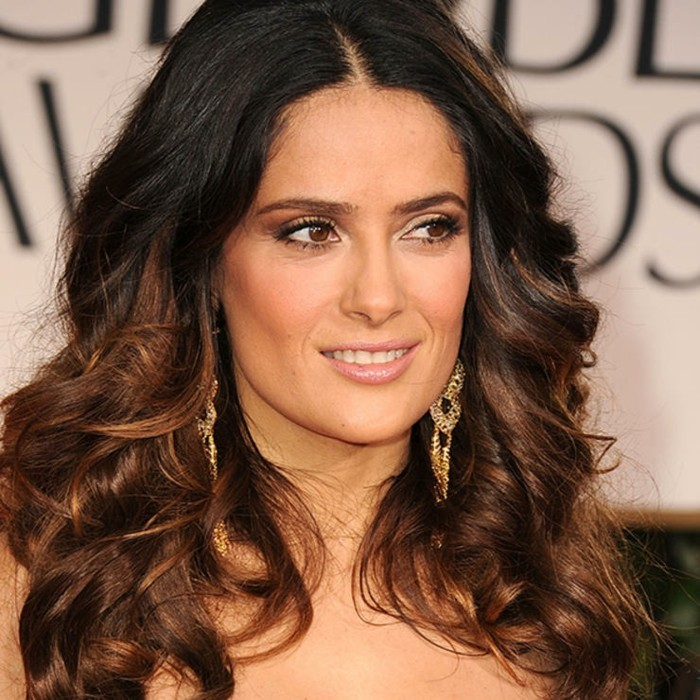 modele-coupe-cheveux-long-feminite-romantique-penelope-crus