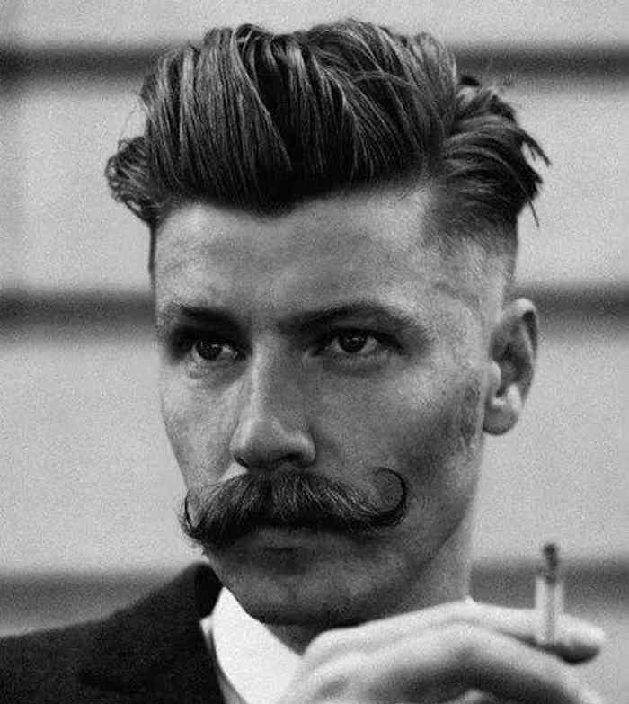 oupe-de-cheveux-homme-court-sur-les-cotes-long-dessus-coupe-hispter-homme-moustache-mode-tendance