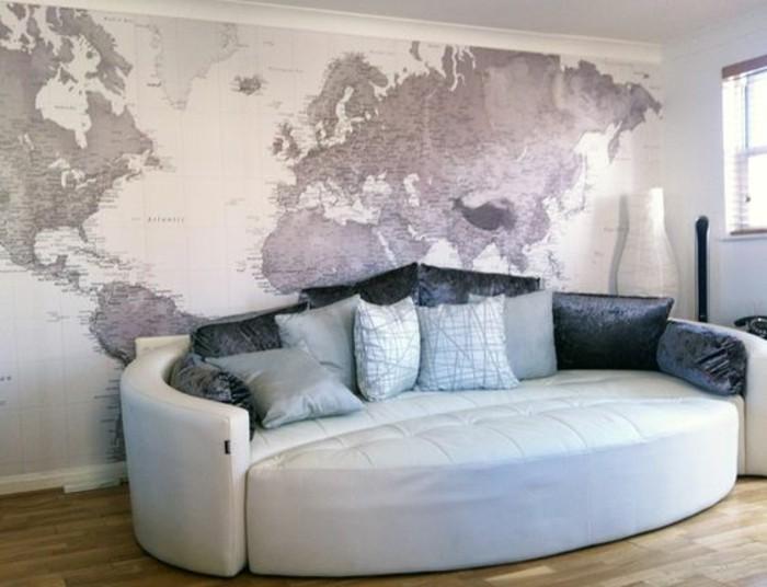 papier-peint-mappemonde-geant-canape-ovale-parquet-claire