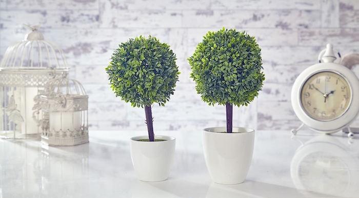 petit-buis-artificiel-en-pot-fleurs-en-plastique-plante-artificielle