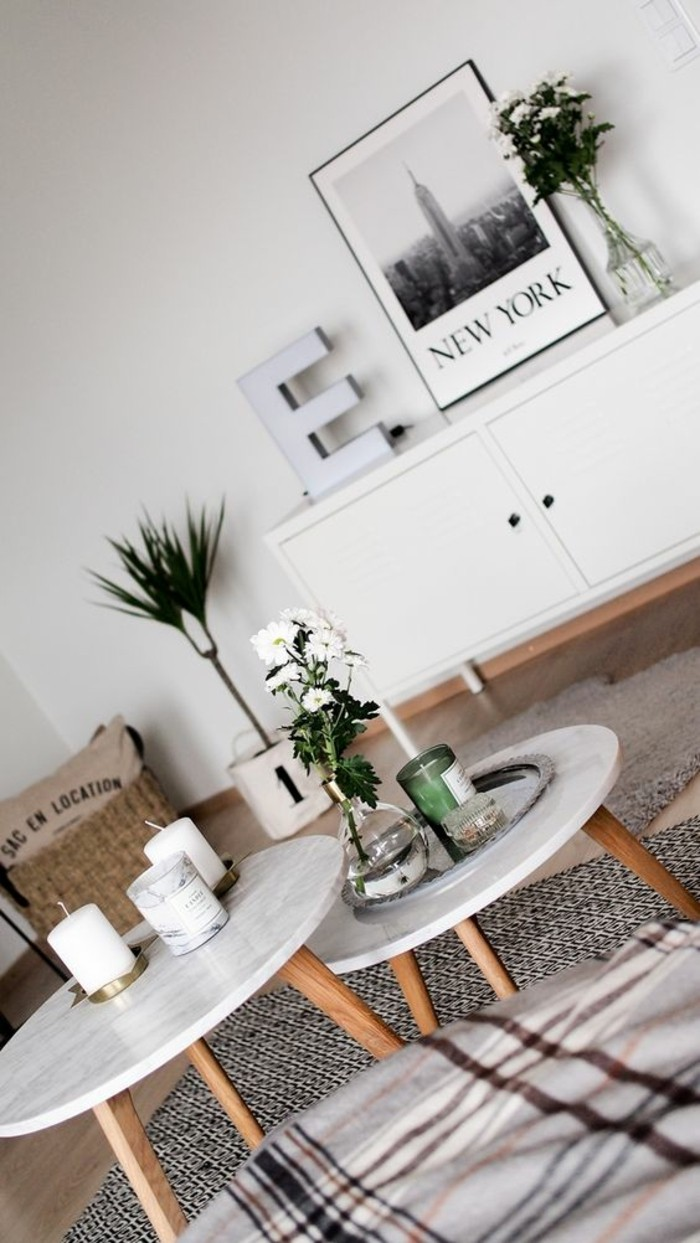 Table basse en marbre 58 id es pour donner du style au - Table ronde bois clair ...