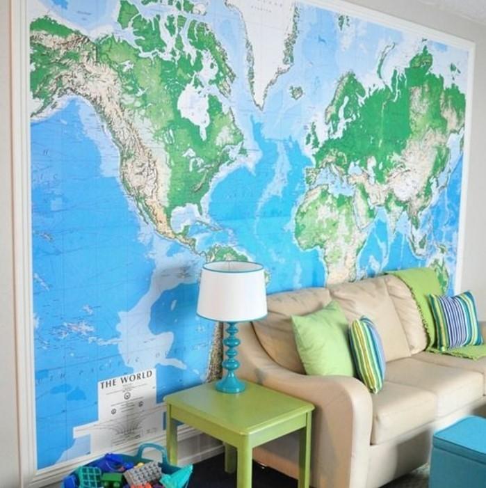 poster-carte-du-monde-geante-salon-canape-deux-places