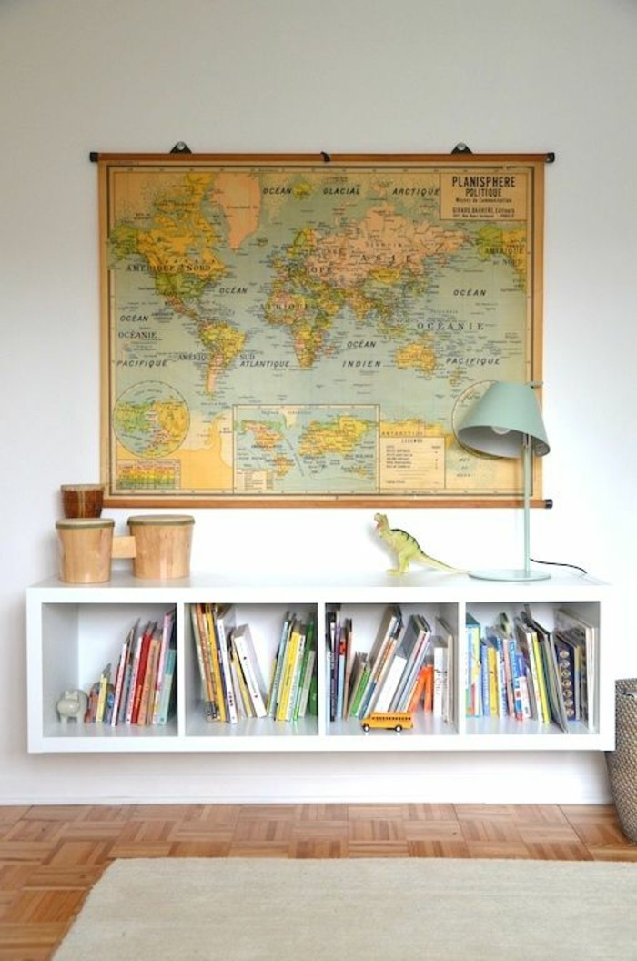 poster-carte-du-monde-murale-etagere-base