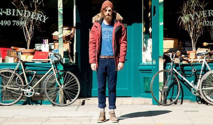 pull-ours-style-hipster-vetement-vintage-jean-ourlets-bonnet-bretelles