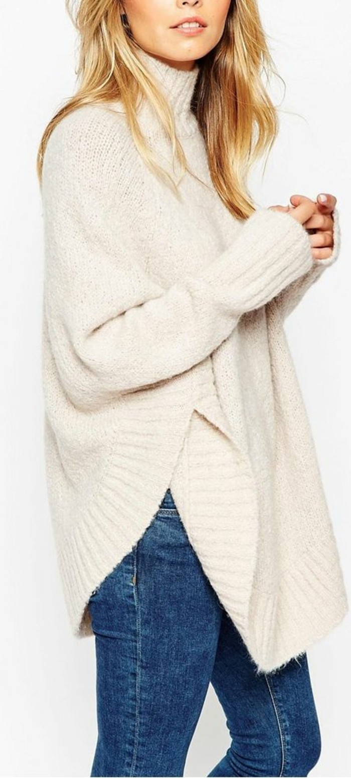 pull-oversize-a-col-roule-et-jean