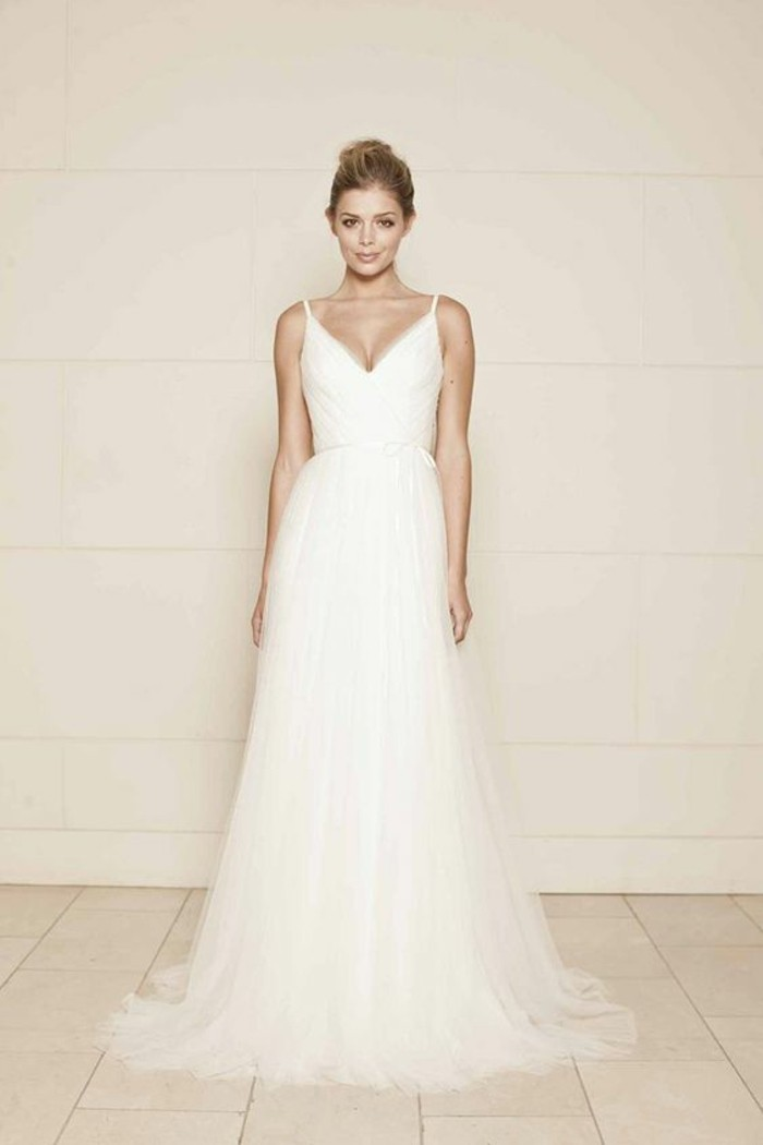 robe-de-marier-simple-romantique-elegance-cool-idee