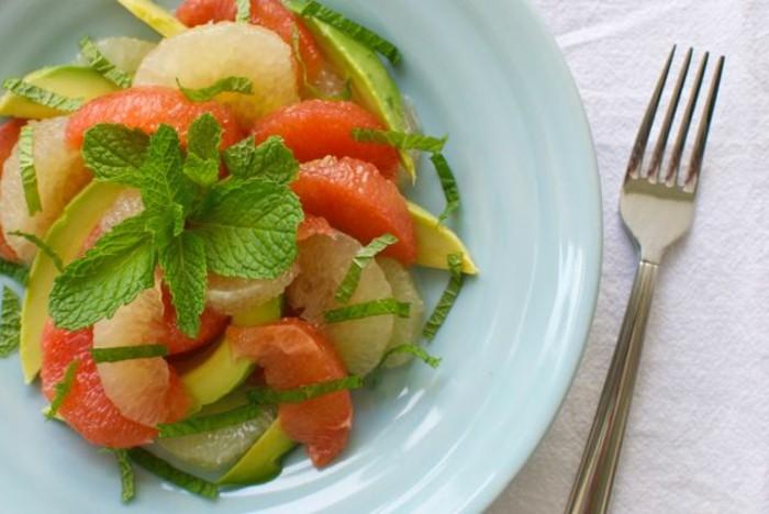 salade-de-pamplemousse-assiette-gourmande-et-saine