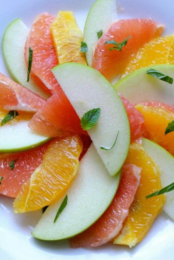 salade-de-pamplemousse-pomme-orange-et-pamplemousse
