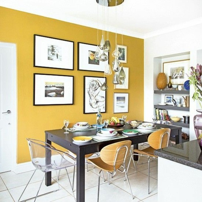 White Kitchen With Yellow Accents: La Couleur Jaune Moutarde