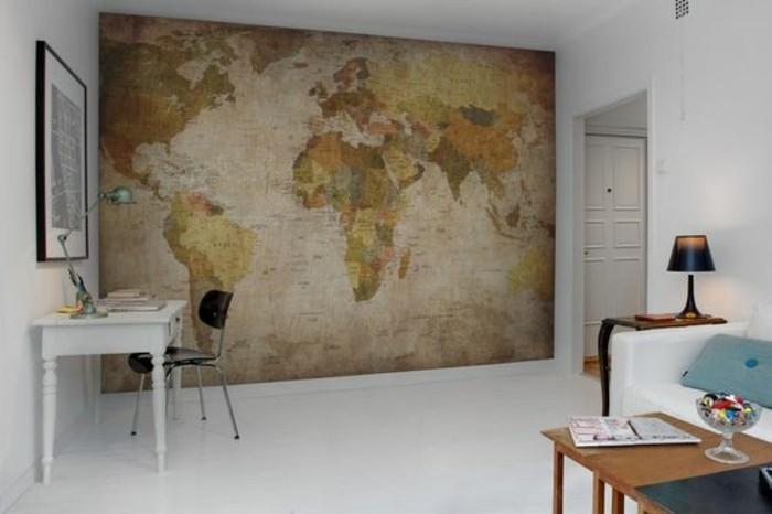salon-peint-blanc-espace-bureau-carte-du-monde-vintage