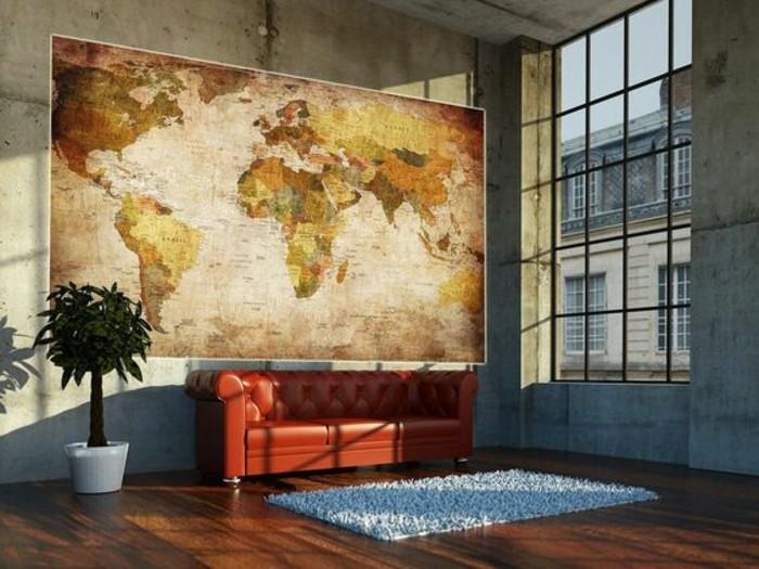 salon-spacieux-baie-vitree-carte-du-monde-vintage-canape-en-cuir