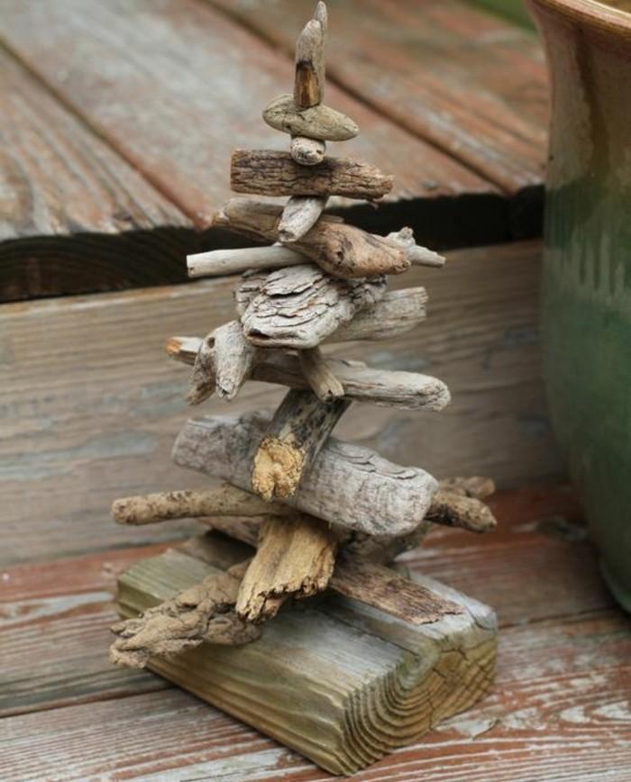 sapin-en-bois-brut-a-fabriquer-une-idee-geniale-comment-fabriquer-un-sapin-de-noel-mini-modele
