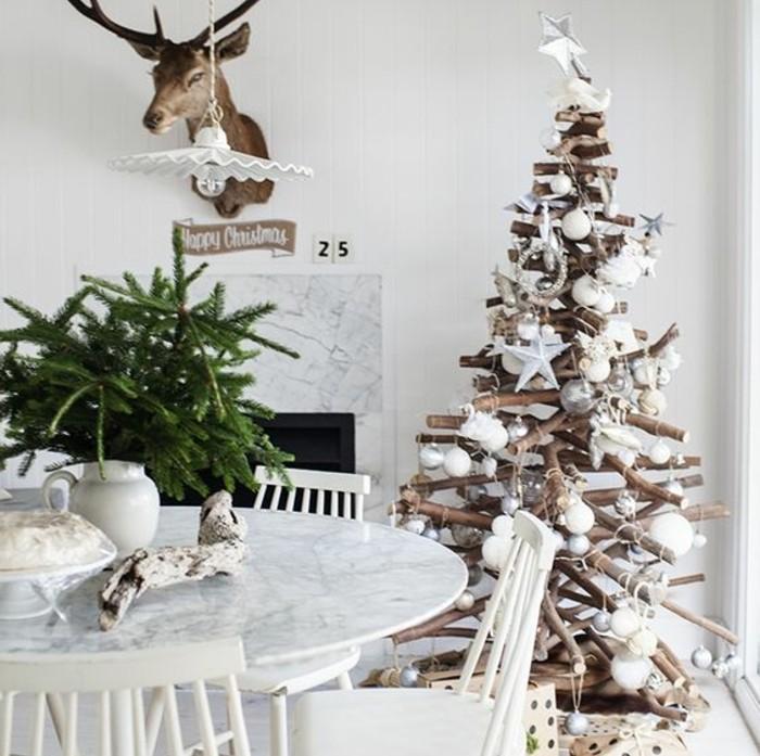 Sapin en bois flotté à fabriquer pour Noël  56 idées charmantes