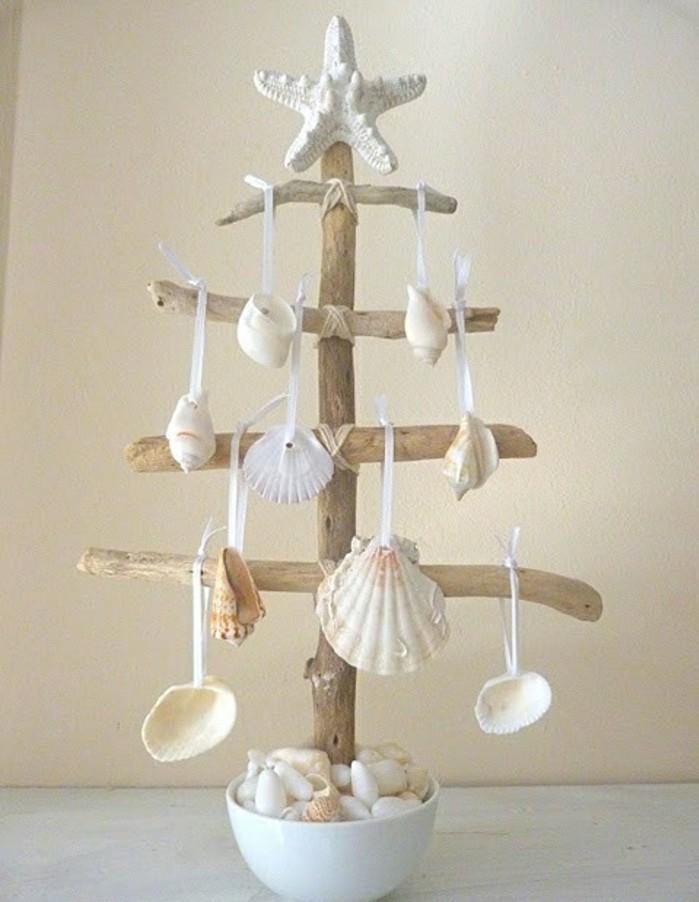 sapin-en-bois-miniature-a-fabriquer-decoration-de-coquilles-de-mers-esprit-bord-de-mer