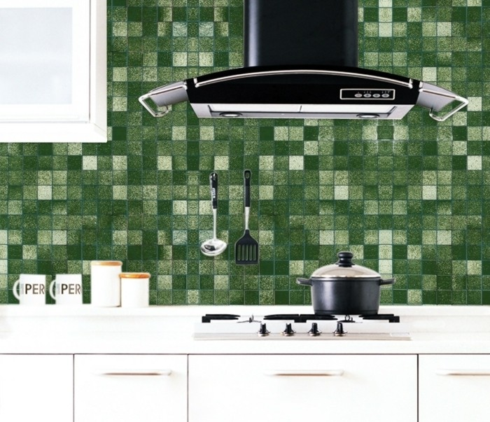 stickers-cuisine-modele-imitant-des-carreaux-carrelage-adhesif-genial-en-vert