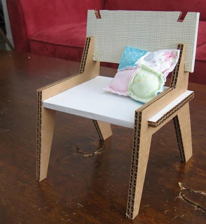 superbe-chaise-en-carton-a-fabriquer-un-joli-meuble-diy-pour-votre-interieur