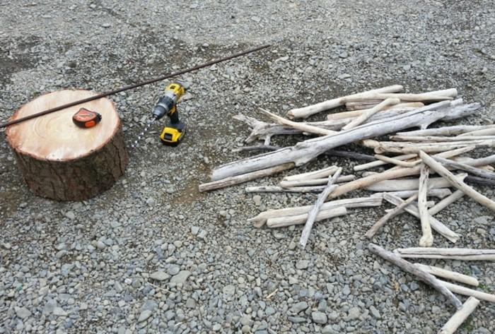 Sapin en bois flott fabriquer pour no l 56 id es charmantes - Ramasser du bois flotte ...