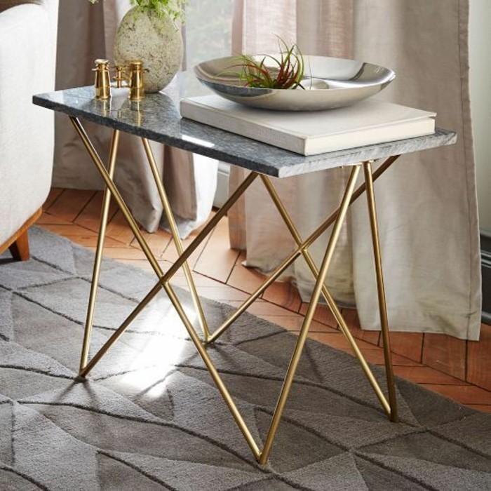 table-basse-en-mabre-gris-pietement-cuivre