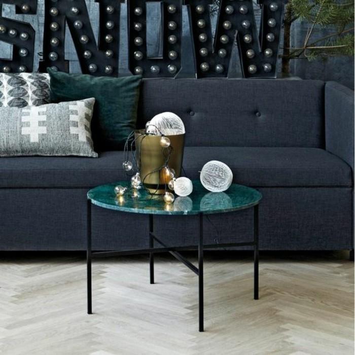 table-de-salon-ronde-en-marbre-vert-pieds-metalliques