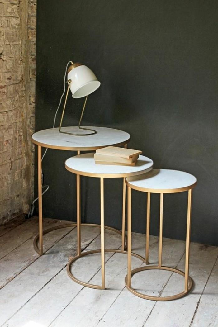 table-de-salon-ronde-modele-de-table-destructuree-avec-plateau-en-marbre-blanc