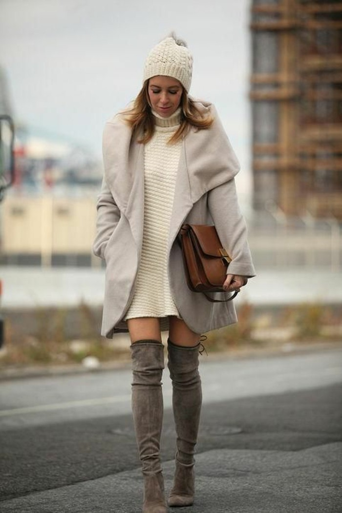 tendance-moderne-robe-pull-col-roule-bottes-cavalieres-velours
