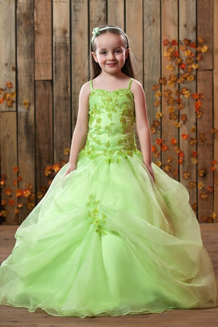 Tenue de mariage enfant pour produire un grand effet for Robe vert aqua pour mariage