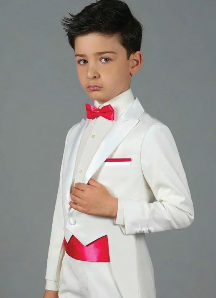 tenue-de-mariage-enfant-queue-de-pie-ivoire-en-blanc-et-fushia-resized