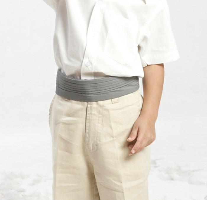 tenue-mariage-enfant-ceinture-plissee-en-gris-clair-resized