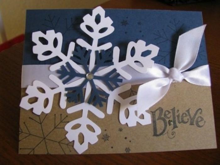 une-carte-de-noel-a-fabriquer-en-cartion-flacon-de-neige-et-joli-ruban-suggestion-tres-elegante