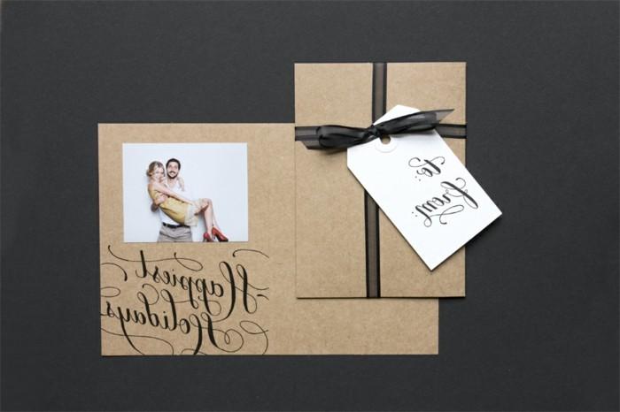 une-carte-de-voeux-personnalisee-avec-une-photo-inspiree-un-joli-cadeau-de-noel-a-faire-soi-meme-et-offrir-a-votre-bien-aime
