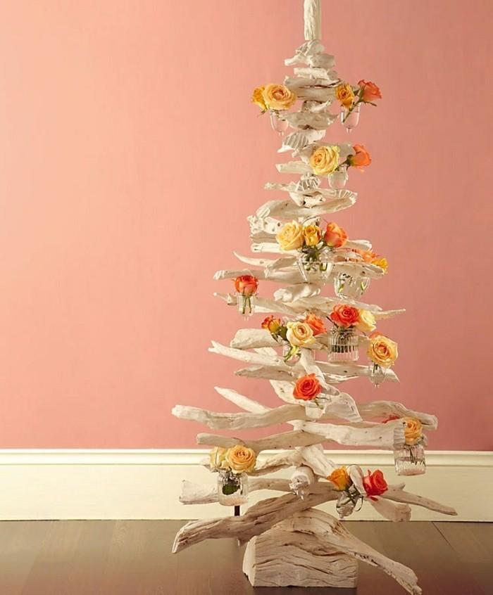 une-idee-alternative-pour-votre-sapin-de-noel-en-bois-a-faire-soi-meme-decoration-de-roses